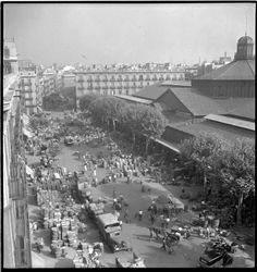 Mercat del Born (any? Barcelona Architecture, Barcelona Catalonia, Mississippi State, Best Cities, Aerial View, Paris Skyline, City Photo, The Neighbourhood, World