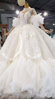 Old Fashion Dresses, Big Dresses, Prom Girl Dresses, Indian Gowns Dresses, Pretty Dresses, Mexican Dresses, Formal Dresses, White Homecoming Dresses, Fancy Wedding Dresses