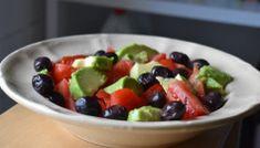 7 salate vegetariene delicioase. Cate una pentru fiecare zi din saptamana Baby Food Recipes, Fruit Salad, Avocado, Goodies, Vegan, Healthy, Breakfast, Gastronomia, Recipes For Baby Food