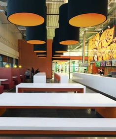 contemporary-lighting-in-shh-cafe-design