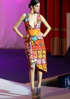0be2a3b3d4 18 mejores imágenes de Vestidos Bordados Oax-Mex.