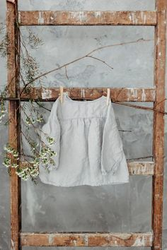 Linen tunic blouse for girls / Light grey linen tunic with long sleeves for girls / more colors available Linen Tunic, Tunic Blouse, Linen Shirts, Kids Outfits, Cool Outfits, Girls Tunics, Summer Tunics, Baby Girl Shirts, Oeko Tex 100