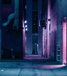 The purple rays scatter off the wall, where does my mind wander? Jessica Jones Marvel, Asajj Ventress, Neon Noir, Neon Lighting, Photo Lighting, Saints Row, Neon Aesthetic, My Pool, Nocturne