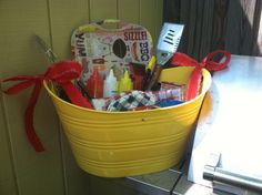 Celebrate summer with a grilling essentials basket. Great Father's Day or housewarming gift! Diy Father's Day Gifts, Father's Day Diy, Fathers Day Gifts, Raffle Baskets, Gift Baskets, Grill Basket, Tastefully Simple, Auction Baskets, Grilling Gifts