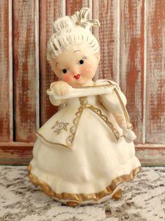 VINTAGE Napco Figurine Girl with Violin