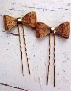 Vintage Large Gold Brass Bow Hair Pins