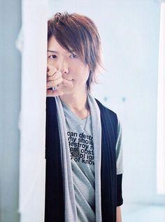 神谷浩史の画像 プリ画像 Hiroshi Kamiya, Voice Actor, Actors & Actresses, The Voice, Leather Jacket, Hairstyle, Sexy, Fashion, Studded Leather Jacket
