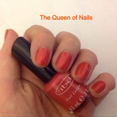 The Queen of Nails ~ ibd Serendipity and Kleancolor Chunky Holo Poppy