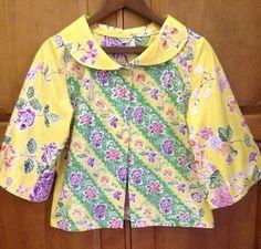 Inspiration of batik batikretail.com Batik Blazer, Blouse Batik, Batik Dress, African Wear, African Fashion, Blouse Styles, Blouse Designs, Mode Batik, Batik Kebaya