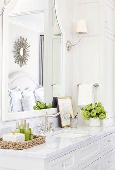 The Highlands – Sarah Bartholomew | classic white bathroom: