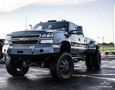 Dually Trucks, Chevy Pickup Trucks, Gm Trucks, Jeep Truck, Chevrolet Trucks, Diesel Trucks, Lifted Trucks, Chevy 2500hd, Chevy Duramax