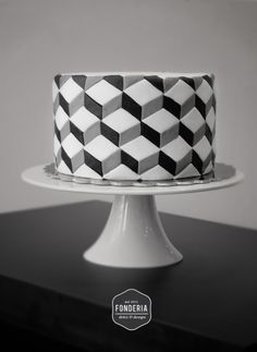 Geometric cake // Fonderia Dolci & Design