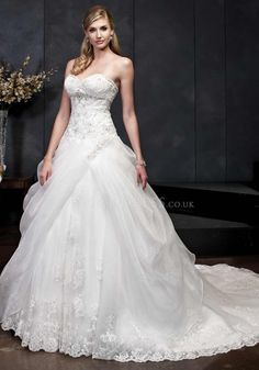 Sweetheart Lace Ball Gown Sleeveless Lace up Back Floor Length Wedding Dresses
