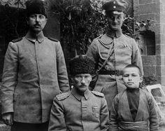 İşte Atatürk'ün bilinmeyen fotoğrafları!