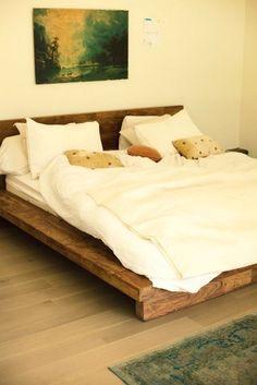 Simple Easy Low Bed Design Ideas From Woods Boho Bedroom Diy, Home Bedroom, Bedroom Decor, Bedrooms, Solid Wood Bed Frame, Wooden Bed Frames, Wooden Beds, Studio Bed, Timber Beds