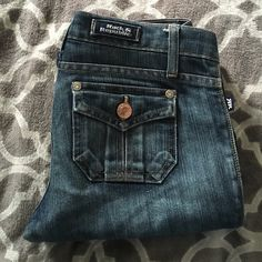 """EUC R&R boot cut jeans Great condition Rock &Republic boot cut jeans size 26. Professionally hemmed to 30"""" length. Rock & Republic Jeans Boot Cut"""