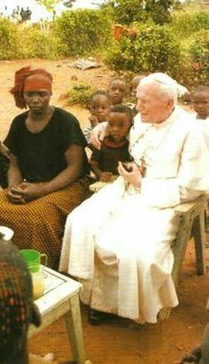 Saint Pope John Paul ll Catholic Saints, Roman Catholic, Pope John Paul Ii, Paul 2, Orishas Yoruba, Papa Juan Pablo Ii, Blessed Mother, Mother Mary, Pope Francis