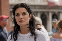 Slowly putting together the pieces of Blindspot Season 3 is proving painful, but the appearance of Rich DotCom always ads a bit of much-needed humor to the mix. Jaimie Alexander, Sullivan Stapleton, Popular Shows, Video Film, Old Tv, Season 3, News Today, Thriller, Tv Series