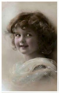 Magic Moonlight Free Images: Innocence ~ Free images for You! Vintage Children Photos, Images Vintage, Vintage Girls, Vintage Pictures, Vintage Photographs, Old Pictures, Old Photos, Vintage Woman, Vintage Labels