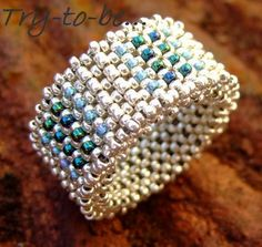 Try-to-be-better: Ring Diy Beaded Rings, Diy Rings, Beaded Earrings, Seed Bead Bracelets, Seed Bead Jewelry, Tutorial Anillo, Beaded Jewelry Designs, Beaded Jewelry, Stud Earrings