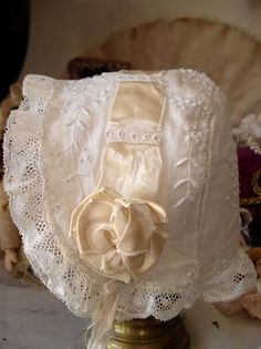 very sweet bonnet.