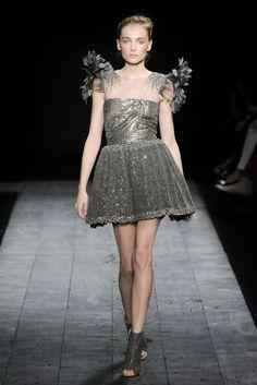 Valentino Autumn/Winter 2009 Couture | British Vogue