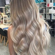 24 Senegalese Twist Styles to Try in 2019 - Style My Hairs Blonde Hair Looks, Blonde Balayage, Look Fashion, Hair Goals, Dyed Hair, Hair Inspiration, Hair Inspo, Curly Hair Styles, Hair Makeup