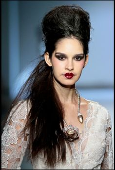 Abigail Betz collection at Mercedes-Benz Fashion Week Joburg Image by SDR Photo Beauty Secrets, Beauty Hacks, Perfect Fit, Mercedes Benz, Image, Clothes, Collection, Runway, Tops
