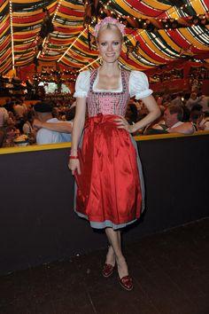 Pin for Later: Ein Prosit auf die schönsten Dirndl der Stars Franziska Knuppe