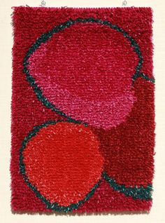 Woolly rya rug by Juha Laurikainen: Red berries Textile Patterns, Textiles, Print Patterns, Rya Rug, Wool Rug, Latch Hook Rugs, Pink Design, Pink Art, Patterned Carpet