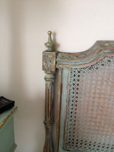 Respaldo de cama intervención MAB Modern French Country, French Cottage, Shabby Chic, Indoor, Ideas Para, Beds, Bedrooms, House, Paint