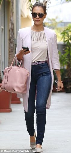 Professional Chic Jessica Alba Sported A Long Pink Blazer And Carried The Same Pink Purse In La A Couple Weeks Ago