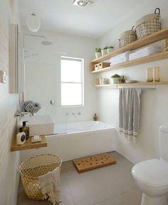 Luxus kleines Badezimmer, das Ideen verziert luxury small bathroom decorating ideas – – Modern Luxury Bathroom Small Bathroom Ideas fTips for small bathroom Small Luxury Bathrooms, Modern Bathroom, Bathroom Mirrors, Shower Bathroom, Small Bathroom Bathtub, Bathroom Faucets, Bathroom Storage, Dyi Bathroom, Bathroom Hacks