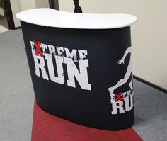 Iso messupöytä ExtremeRun Hae tarjousta eri kokoisilla pöydille: http://www.liikelahja-toimisto.fi/fi/messupoyta/20575/Messup%C3%B6yt%C3%A4+Iso-STKONVS.html