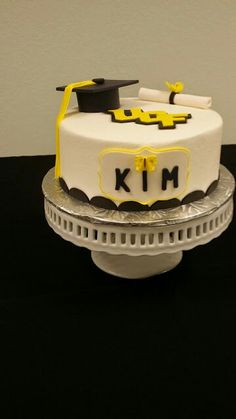 Graduation Graduation, Cakes, Desserts, Food, Tailgate Desserts, Deserts, Cake Makers, Kuchen, Essen