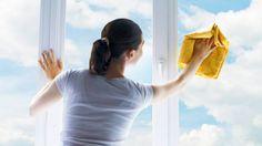 Un nettoyant pour les vitres 100 % efficace qui laisse 0 tracenoté 3.1 - 188 votes Les vitres se retrouvent vite dans un état de saleté un peu honteux. Il faut dire que les éléments ne sont pas toujours de notre côté et que la pollution ajoute aussi son lot de saleté. Si en plus … More