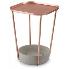 Mesa lateral em cobre e concreto