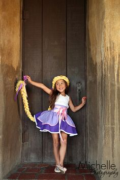 Ross & Rosie {Inspired by Rapunzel} Dress up Apron, half apron style Made to ord… - Home & DIY Twin Outfits, Dress Up Outfits, Dress Up Costumes, Girl Outfits, Dresses, Rapunzel Dress Up, Tiana, Diy Princess Costume, Tangled Birthday