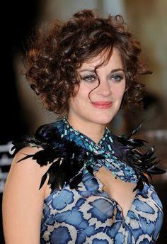 Beautiful curly hair style #curly #short #style #auburn