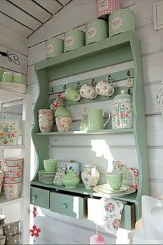 Shelf storage in laundry room - bet it smells all soapy and lovely too