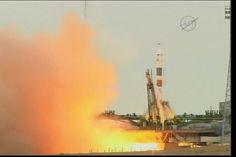 È un successo il lancio di 3 astronauti della Expedition 49 per la Stazione Spaziale Internazionale La navicella spaziale Soyuz MS-02 è partita dal cosmodromo di Baikonur con a bordo Shane Kimbrough, Sergey Ryzhikov e Andrey Borisenko da trasportare fino alla Stazione Spaziale Internazionale. #expedition49 #nasa #roscosmos
