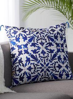 80 x 60 Fleece Blanket Kess InHouse Kess Original Ombre Berry Blue Digital Throw