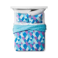 Sabrina Soto (89 AUD) ❤ liked on Polyvore featuring home, bed & bath, bedding, cotton pillow shams, geometric pattern bedding, geometric bedding, modern bedding and cotton bedding