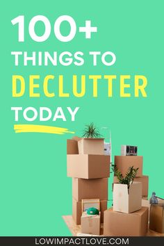 This minimalist decluttering checklist is the perfect place to start your simple living lifestyle. | Minimalist lifestyle checklist | Simple living checklist | Minimalist lifestyle for beginners | Simple living routine | Decluttering minimalist home | Declutter your home simple living | Free printable decluttering checklist | Decluttering checklist printables | How to declutter your life checklist | Declutter your mind | Steps to declutter your life| #simpleliving #minimalism