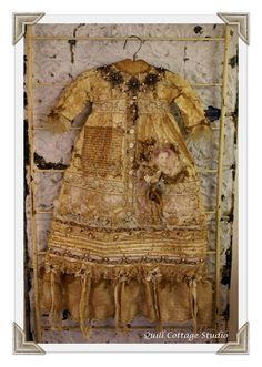 """Quill Cottage: """"THE CHRISTENING GOWN""""..."""