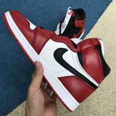 wholesale dealer 9d656 00ca8 Air Jordan 1 Retro High OG Homage to Home Black White University Red