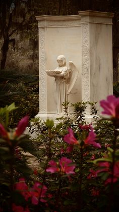 Bonaventure Cemetery, Savannah, GA. photo By: Dick Bjornseth