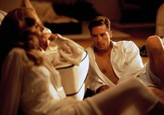 """Kim Basinger and Guy Pearce in the neo-noir """"L. Kids Christmas Movies, Classic Christmas Movies, Family Christmas, African American Movies, James Ellroy, La Confidential, Guy Pearce, Nbc Nightly News, Crime Film"""