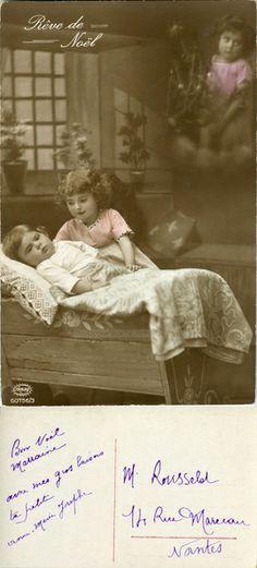 Rêve de Noël - Une fillette veille sur son petit frère qui rêve dans son berceau (from http://mercipourlacarte.com/picture?/292) Éditeur Amag