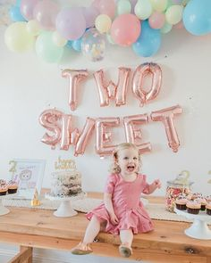 2 Year Old Birthday Party Girl, Small Birthday Parties, Second Birthday Ideas, Girls Birthday Party Themes, Girl Birthday Decorations, 2nd Birthday Girls, Paris Birthday, Spa Birthday, Birthday Balloons